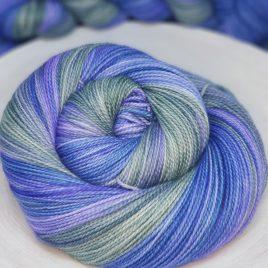 Mae – NEW! Dizzy Blonde